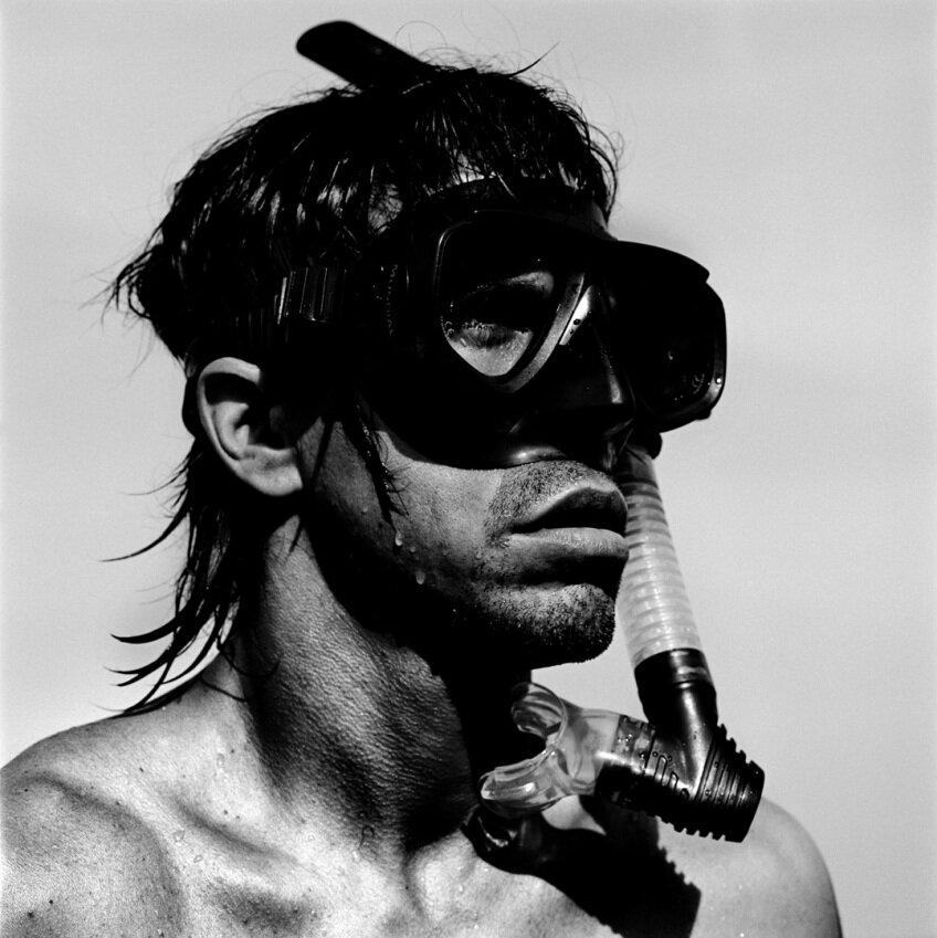 anthony kiedis by anton corbijnwest palm beach 2003