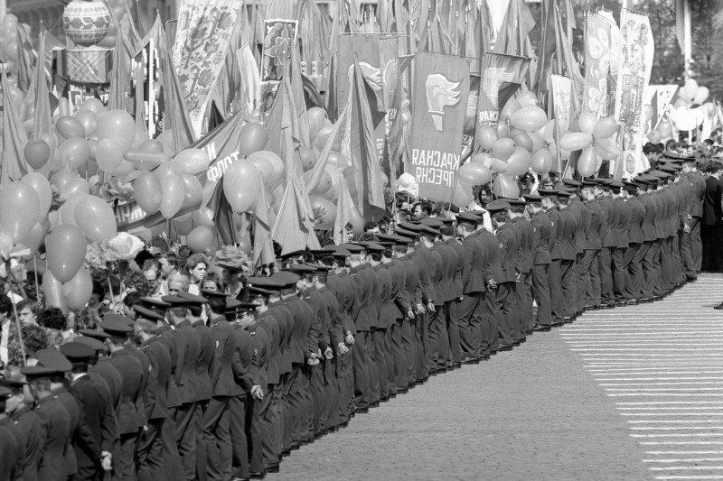 Валерий Христофоров. Первомайская демонстрация. Москва, Красная площадь. 1979 г.