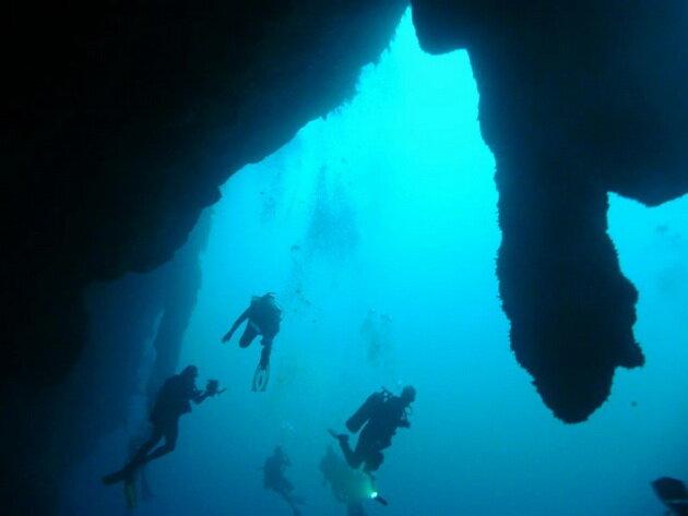 Большая голубая дыра (Great Blue Hole). Белиз