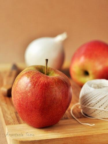 Яблоки для рулета