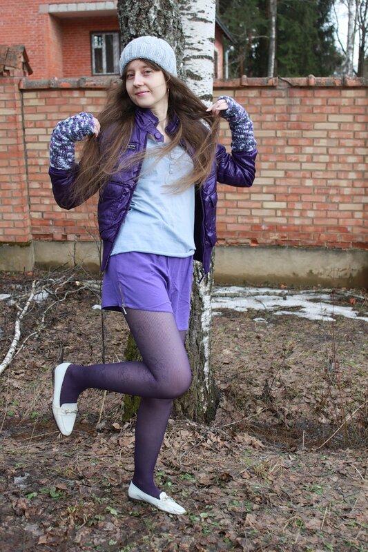 В фиолетово-голубом