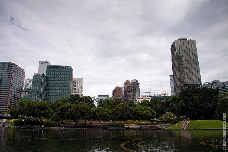 парк возле Petronas Twins