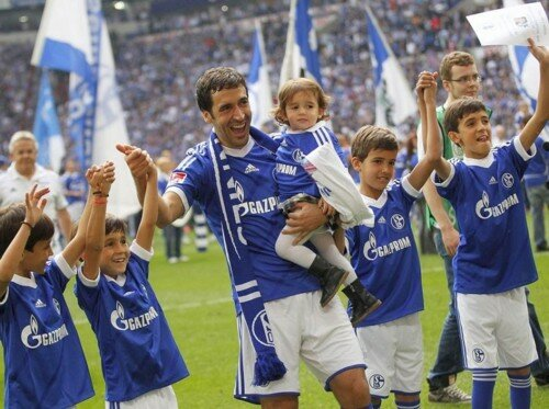 Raul con hijos 2