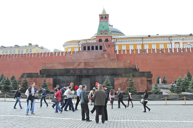 У мавзолея Ленина, Москва, 21 апреля 2012 года