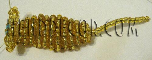 Плетение бисером брелок с мышкой8