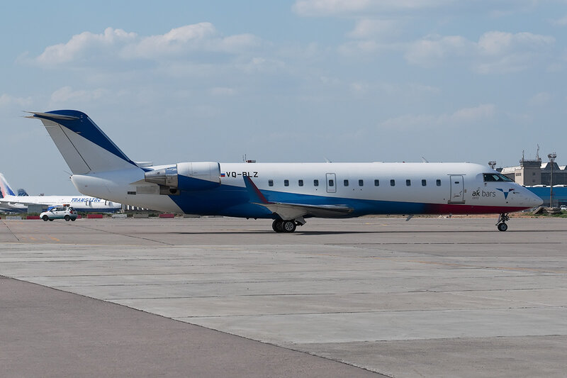 Bombardier CRJ-200LR (VQ-BLZ) Ak Bars aero DSC0197