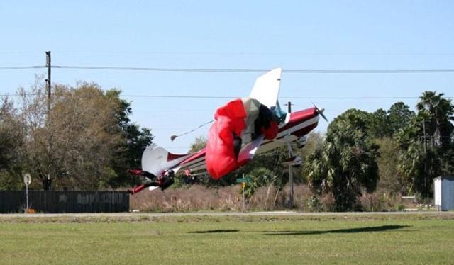 Фотографии столкновения парашютиста и самолета 0 133522 e24b58b6 orig