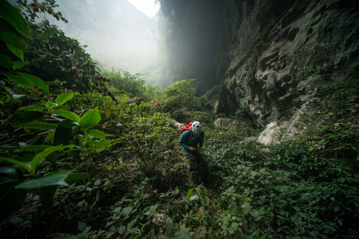 2. В большинстве пещер воздух пригоден для дыхания из-за естественной циркуляции, хотя встречаются п