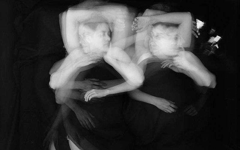 Сон влюбленных на длительной выдержке