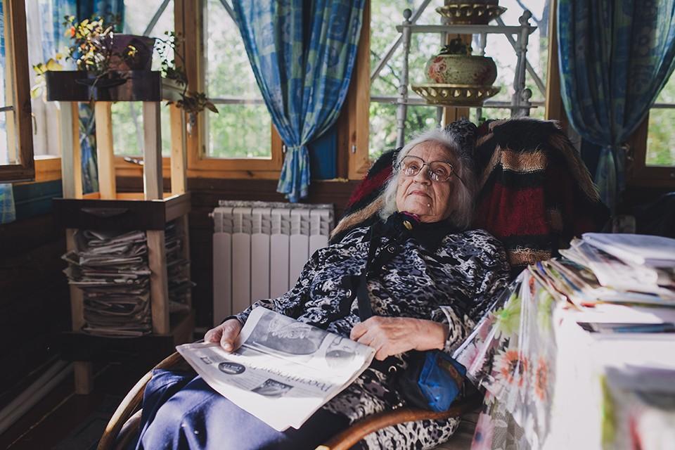 3. Деревня Алепино, Дом-музей писателя В.А. Солоухина. Роза Ларионовна Солоухина, вдова писателя. Пр