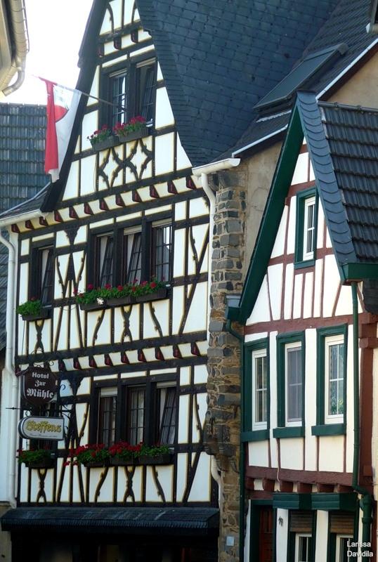 Линц-на-Рейне - фахверковые домики.Германия
