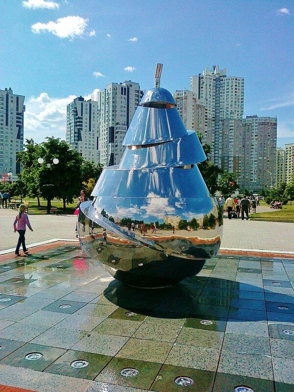 Новый фонтан на Позняках