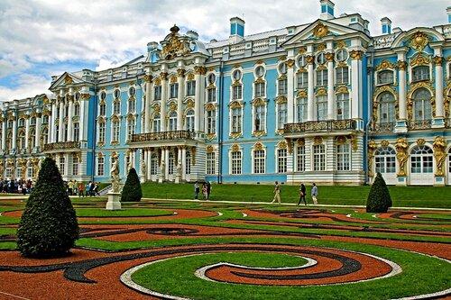 Екатерининский дворец. Дворцово-парковый ансамбль.