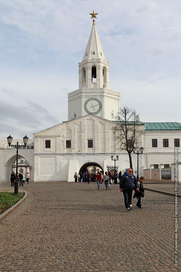 Спасская проездная башня Казанского кремля