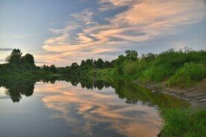 Тихий вечер у реки...