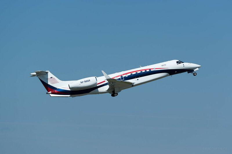 Embraer ERJ-135BJ Legacy 600 (M-IMAK) D809466a