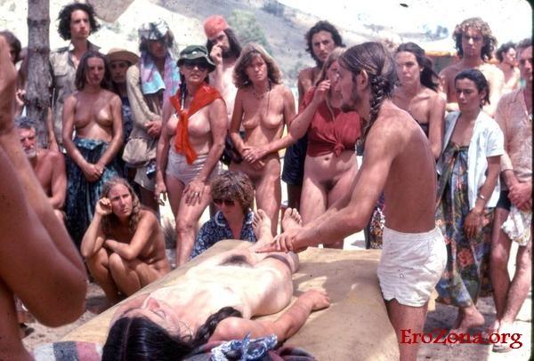 1398441754_eroticheskie-foto-neformalov-i-hippi-8.jpg