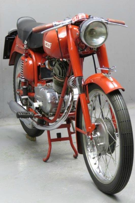 Laverda-1960-sport-2511-4.jpg
