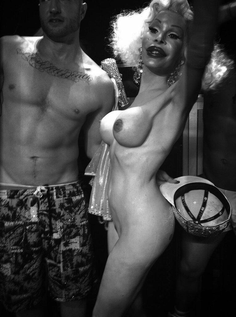 Трансексуалы россия смотреть полрно 16 фотография