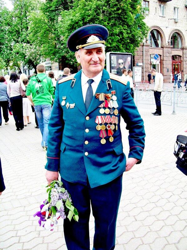 Ветеран ВОВ на Майдане Незалежности