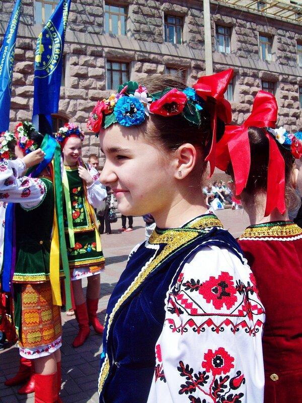 Участница церемонии открытия Дня Европы
