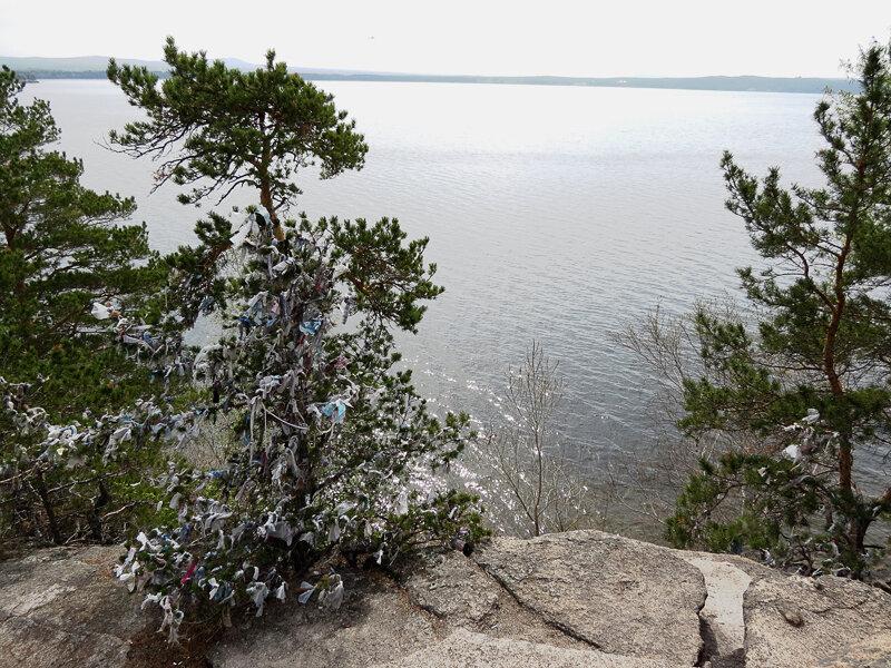 Боровое. Скала на берегу озера - 2012 год. Комментарии к фото - Кокшетау Онлайн