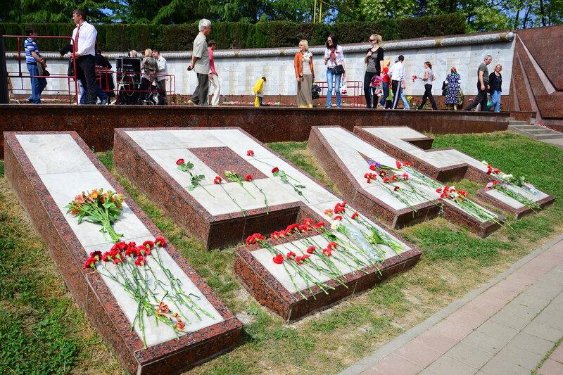 Заказ памятника на кладбище Духовщина надгробие мраморные резные