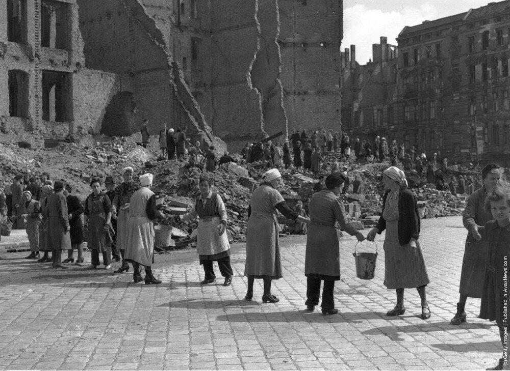 Расчистка города,Берлин 1945