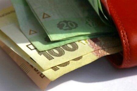 Минфин хочет запретить выдачу зарплаты наличными