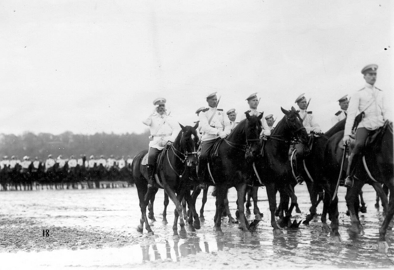 04. Кавалерийские части на смотре новобранцев. 1907