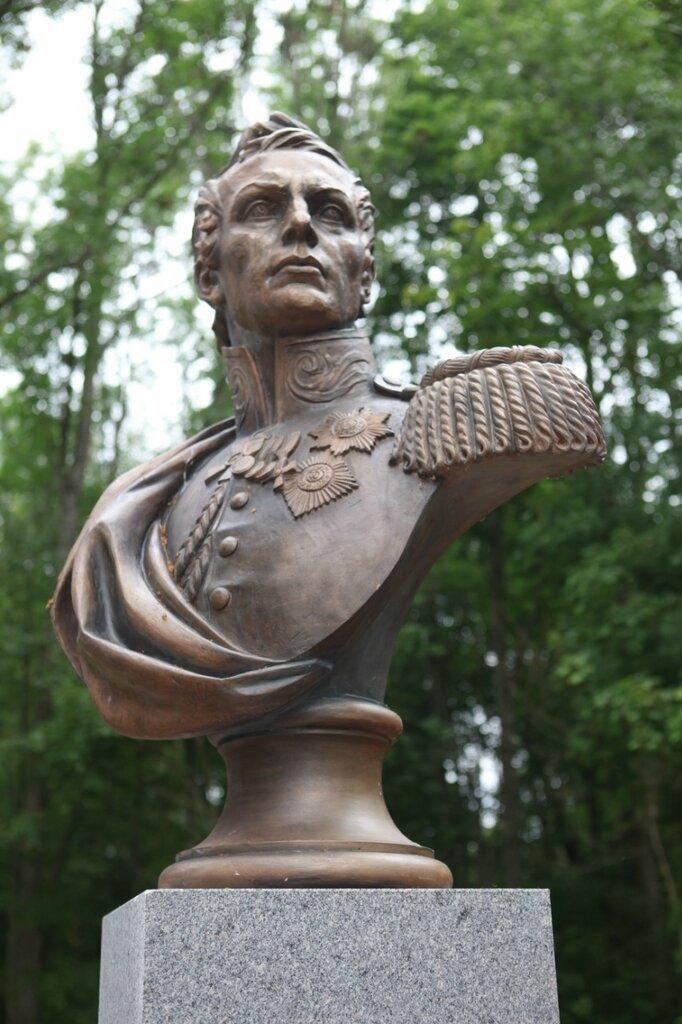 Петр Петрович Коновницына