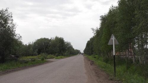Фото города Инта №997  Улица Промышленная в сторону посёлка Западный в районе Промышленная 15 19.06.2012_12:27