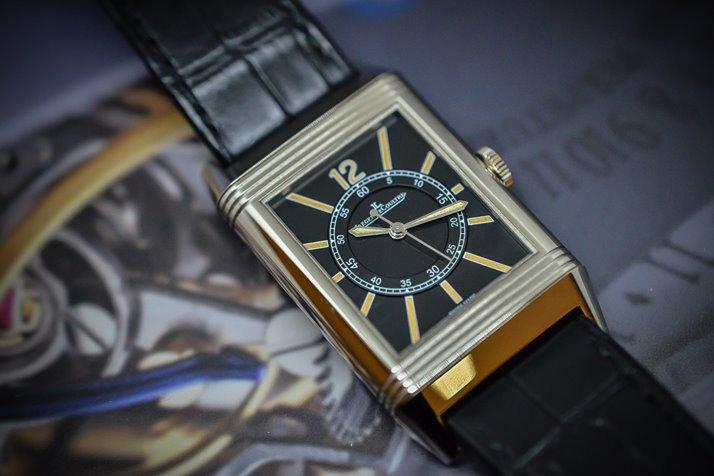 Самые модные и современные прямоугольные часы для настоящих ценителей