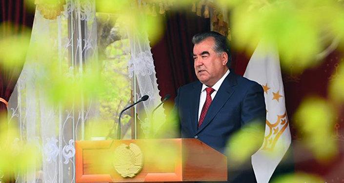 ВТаджикистане вводят уголовную ответственность заоскорбление президента