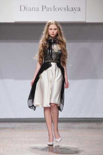 Шикарные вечерние платья -платье на корсете.  Платья дизайнера - Диана...