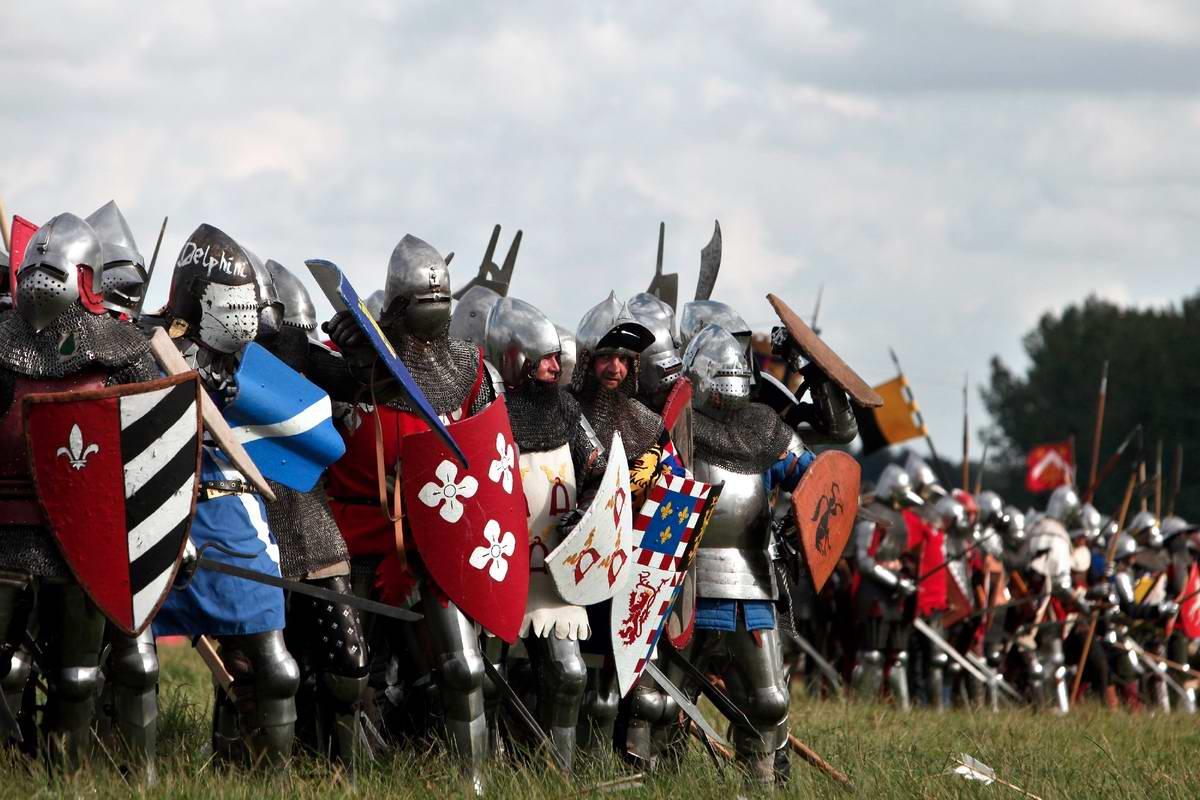 Эпизоды Столетней войны: Реконструкция битвы при Азенкуре в Северной Франции (16)