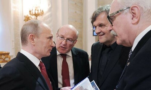Putin-Kusturica-e1446204724179-600x360.jpg