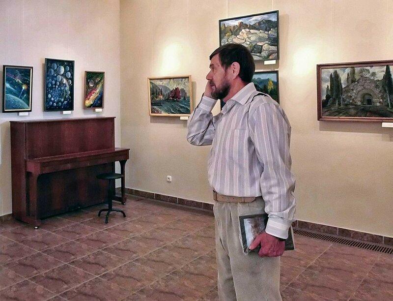 Выставка художника Шульги в Десятинном монастыре (2).jpg