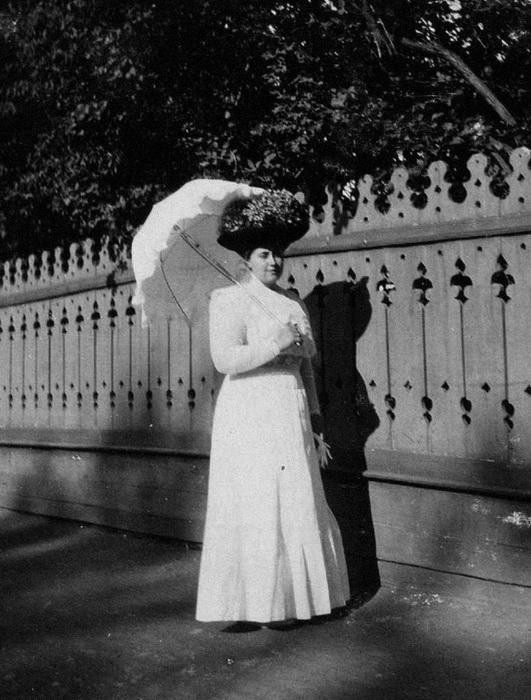 Сбежав из тюрьмы, Анна долго скиталась, пока не решила уйти в монахини. Она приняла постриг на В