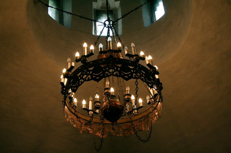 Абрамцево, церковь Спаса Нерукотворного, Светильник