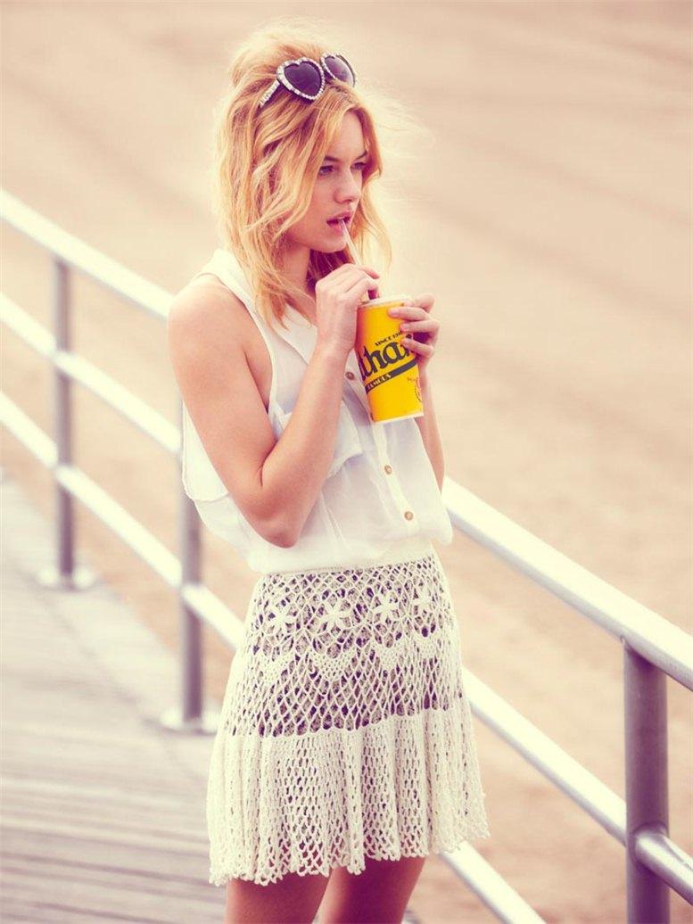 Camille Rowe / Камилла Роу в каталоге одежды Free People, июнь 2012 / фотограф Thomas Northcut