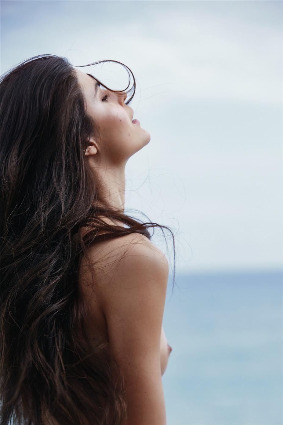 Обнаженные девушки на пляжах Ибицы / Ibiza Nudes by Diane Betties - Lina