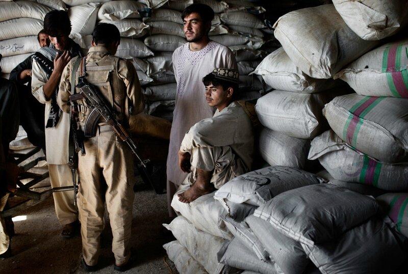 Afghanistan.<br />Nødhjælpslager uden for Gereshk, Helmand.