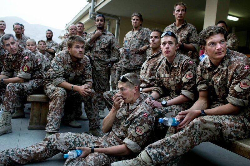 TIL AFGHANISTAN TEMA TORSDAG PÅ UDLAND<br />Afghanistan.<br />Danske soldater netop ankommet til Camp Bastion, Helmand.