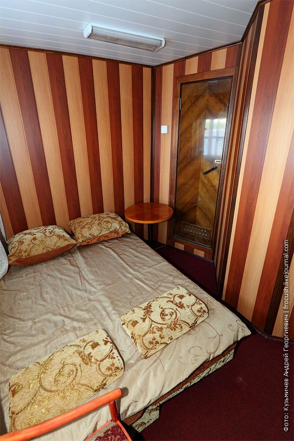 Двухместная каюта увеличенной площади с удобствами №19. Категория каюты А2+(I). Теплоход «Башкортостан». Фотография