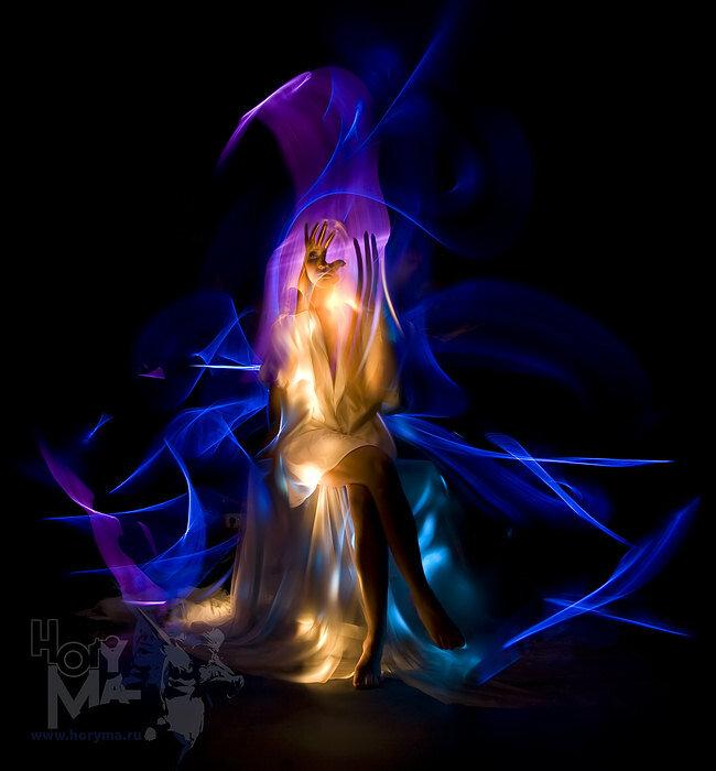 Удивительная светографика HoryMa