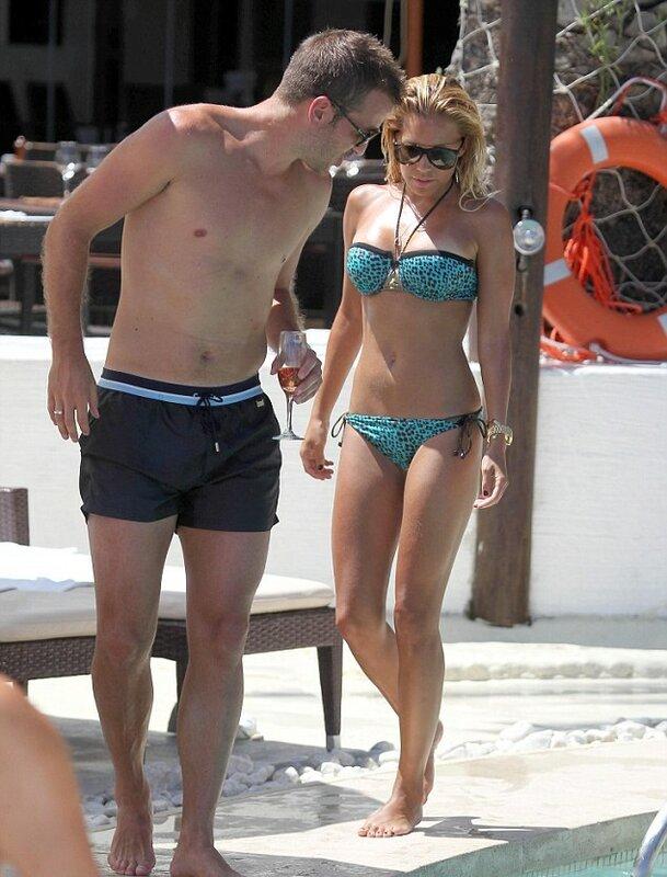 на море с женой приватное фото