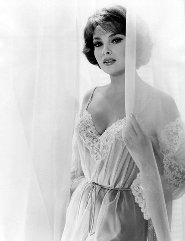Gina Lollobrigida - 85