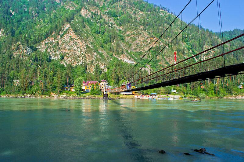 Подвесной мост к Камышлинскому водопаду
