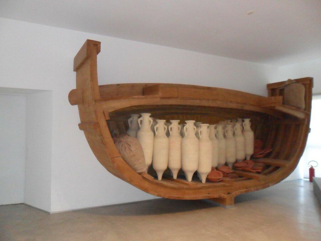 Museo delle antiche navi di Pisa.JPG